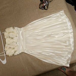 White strapless floral prom dress
